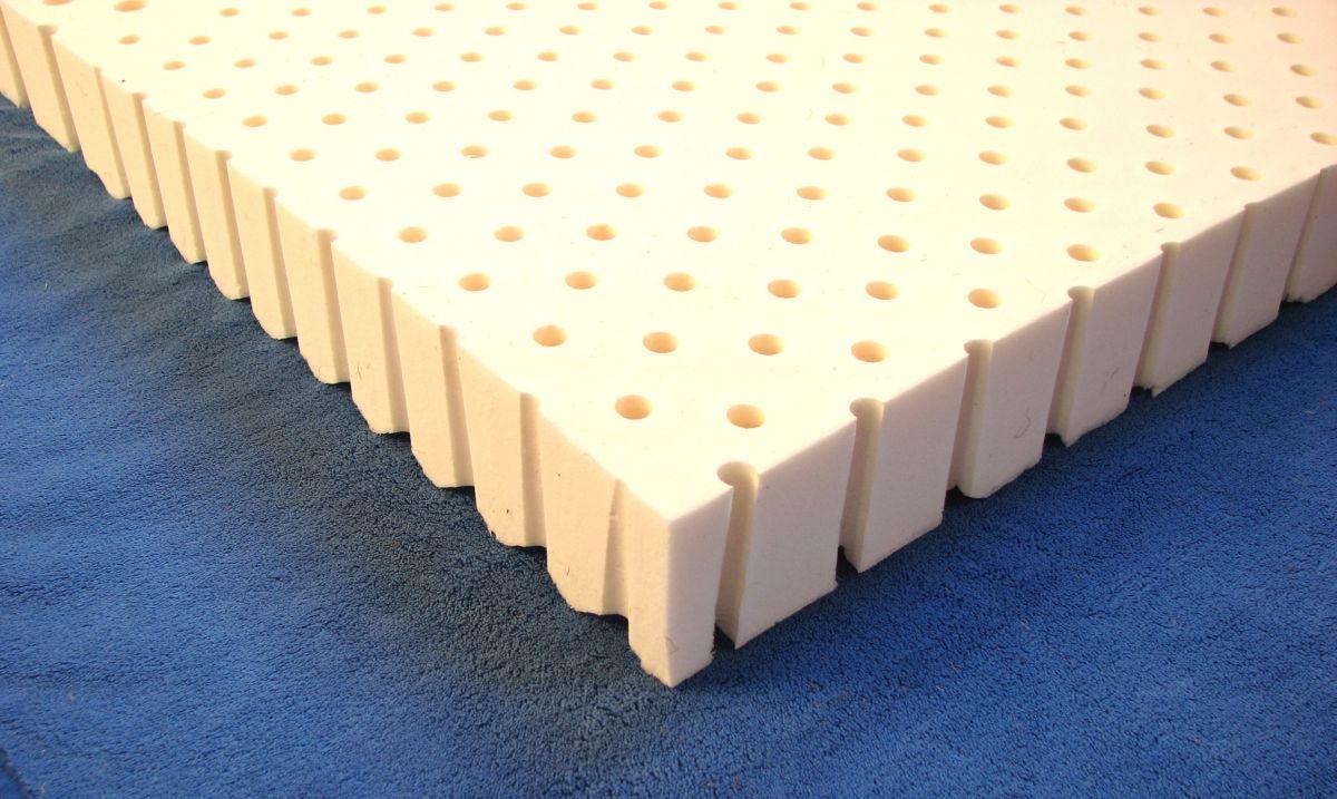 Dětská latexová matrace